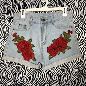 Yimeixuan jeans rose embroidered shorts medium